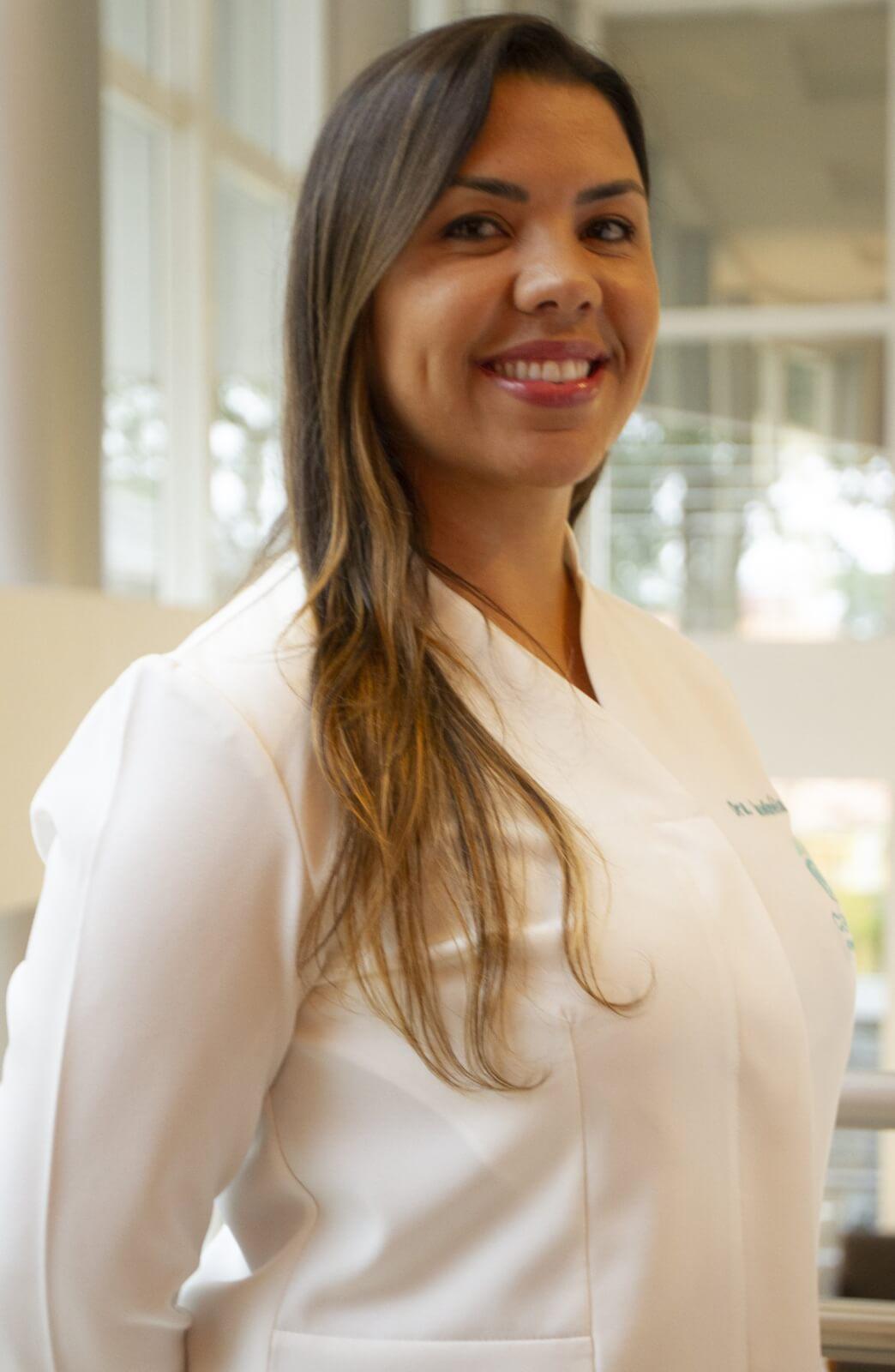 Dra. Claudinéia Ramos
