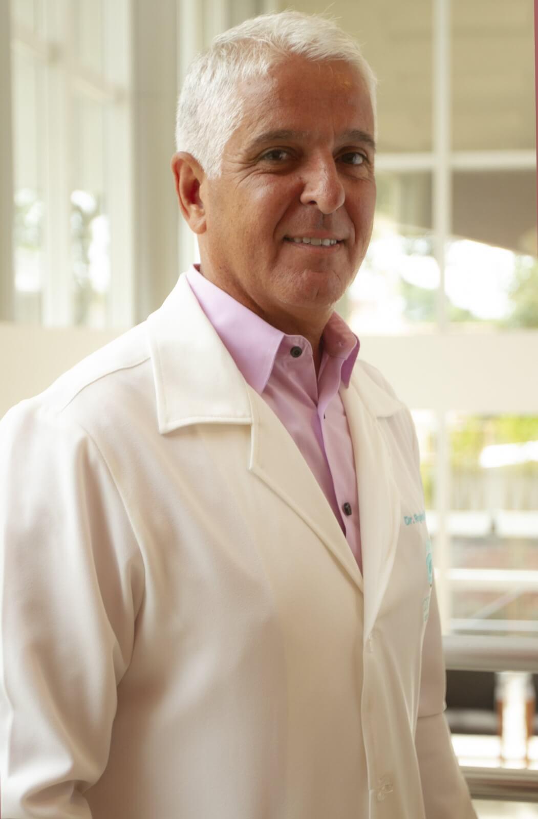 Dr. Rogério Savi Agulham